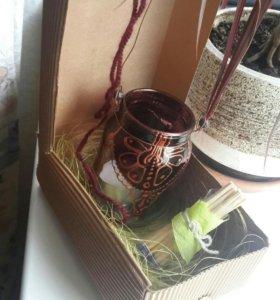 Подсвечник со свечой и декоративными спичками