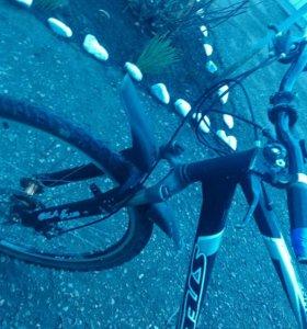 Велосипед скоростной в хорошем состоянии
