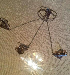 Браслет с тремя кольцами на цепочках