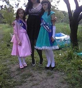 Платье на девочку 7-8лет