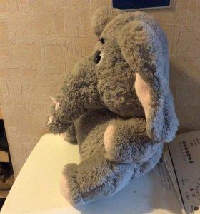 Игрушка большая слон