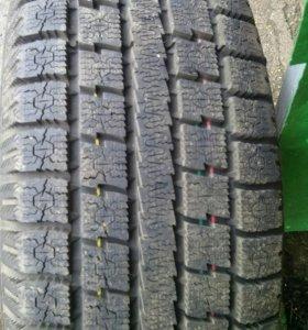Резина на Honda CRV 2 на дисках
