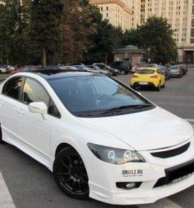 Накладка на бампер, пороги для Honda Civic 4D