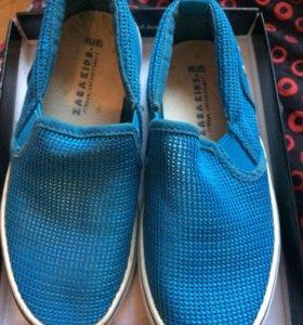 Ботинки макосины Zara