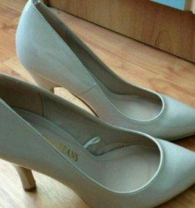 Туфли 35-36 размер