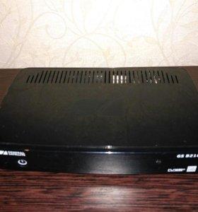 Цифровой спутниковый Full HD ресивер