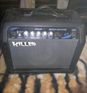 Электронная гитара с усилителем