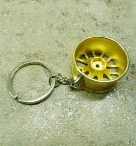 Брелок автомобильный диск