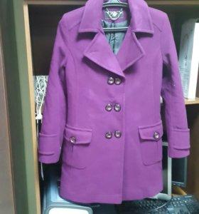 Пальто куртка фиолетовое