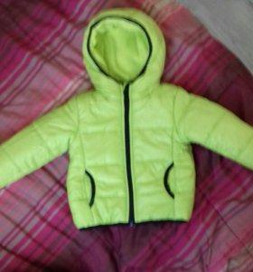 Куртка на мальчика новая