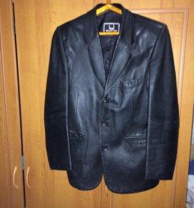 Мужской пиджак кожаный