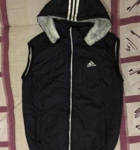 Спортивная безрукавка Adidas