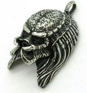 Кулон «Хищник»