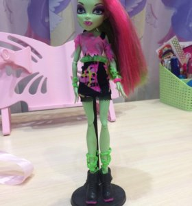 Кукла Monster-High