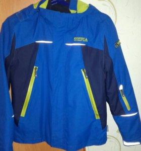 Куртка 3 в 1( новая)