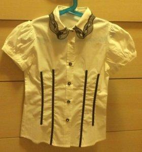 Рубашка школьная на девочку новая