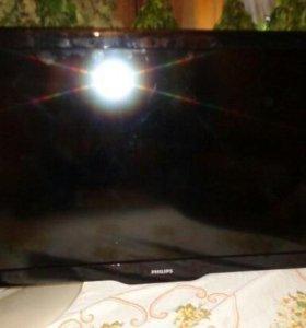 ЖК-телевизор Philips 42PFL3605/60 (107 см)