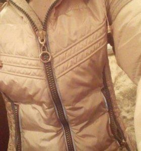 Зимняя бежевая куртка