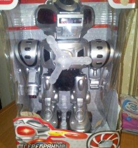 Человек-паук и робот