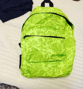 Рюкзак салатовый спортивный вместительный