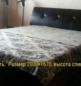 Продаю кровать Двухспальную