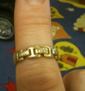 Кольцо золотое с брилиантами