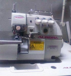 Трехниточный оверлок Aurora A-737 (+ стол и мотор)