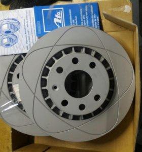 Передние тормозные диски Daewoo Nexia.