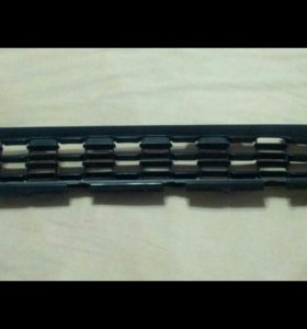 Решетка переднего бампера asx нижняя 6402A272