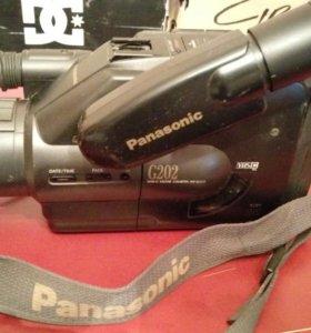 Видеокамера panasonic VHS-C movie NV-G202