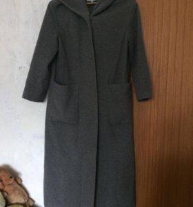Весеннее длинное пальто