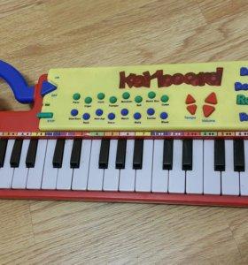 Детский синтезатор б/у