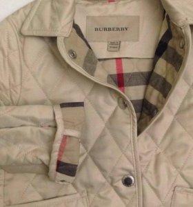 Лёгкая курточка Burberry новая