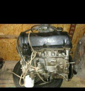 Двигатель 2101