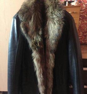 Мужская куртка 52 размер.одевалась 3 раза.мех енот