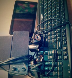 Планшет huawei; 2 веб камеры (8 и 6 mpix) ...