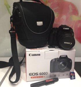 Canon EOS - 600D