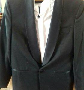 смокинг на свадьбу.рубашка в подарок