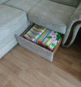 Угловой диван с креслом новый!