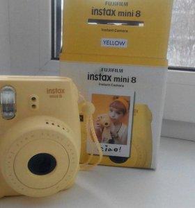 Фотоаппарат моментальной печати Fujifilm Instax