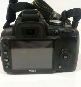Фотокамера Nikon D3000 Kit