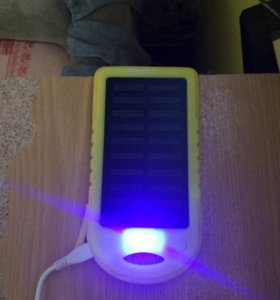 Зарядка на солнечной батареи