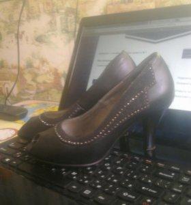 Туфли 3 пары