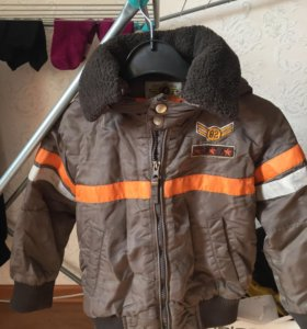 Курточка на 5-7 лет