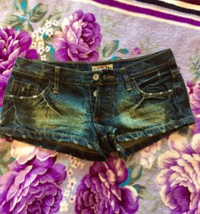 Новые шорты джинсовые , 40-42