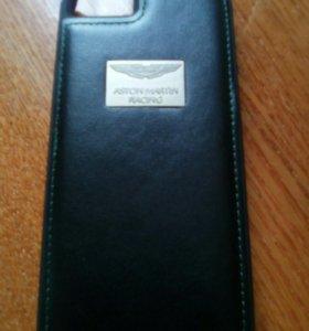 Чехол на айфон 5с астон мартин