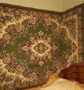 Шерстяной ковёр.
