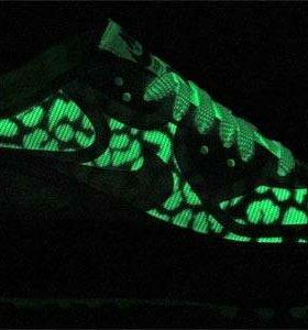 Кроссовки Nike Wmns Air Max 90 CMFT Premium Tape