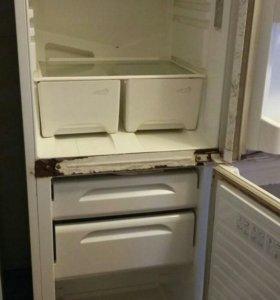 Холодильник 2секции