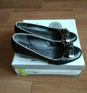 Туфли женские (43 размер)